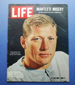 Original July 30, 1965 LIFE Complete Magazine Mickey Mantle New York Yankees EX
