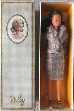 Poupée MILY Gégé avec son tailleur et sa boite Réf. 1250