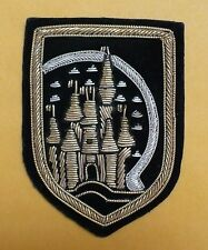 WDW MAGIC KINGDOM/ EPCOT VINTAGE CAST MEMBER UNIFORM COSTUME BULLION EMBLEM  80s