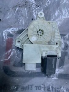 BMW 5 SERIES G30 O/S/F DRIVER SIDE FRONT WINDOW MOTOR 7455081