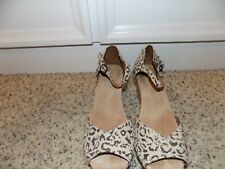 TOMS Leopard Print Platform Wedge Sandals in Size 9.5-EUC
