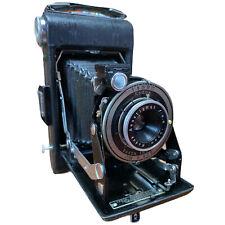 Kodak Uses 620 film Junior camera with leather case- USA made