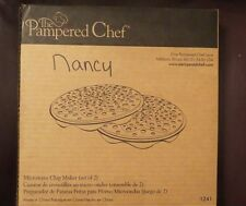 THE PAMPERED CHEF ~ MICROWAVE CHIP MAKER SET~ SILICONE ~ Set of 2 ~ BOX ~ 1241