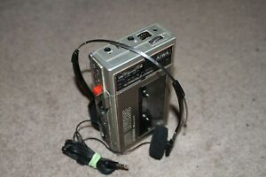 Aiwa HS-JO2 Recordable Radio Walkman Good Condition With Aerial