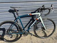 2016/17 Trek Boone 7 Disc Carbon Fiber 11 Speed Sram Force Gravel 56cm Road Bike