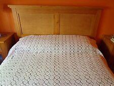 Cubrecama de ganchillo en blanco. Para cama de 105. Mira mis otros productos.