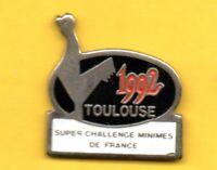Pin's lapel Pins pin Rugby SUPER CHALLENGE MINIMES DE FRANCE TOULOUSE 1992 COQ