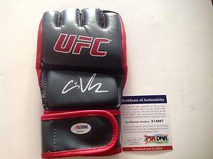 Cain Velasquez Signed UFC Glove PSA DNA COA Autographed PROOF Dethrone b