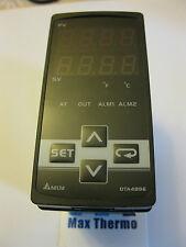 NEW IN BOX  Delta PID temperature controller DTA4896RO 100-240vac