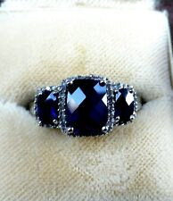Sapphire & Diamond ring in 10ct white gold