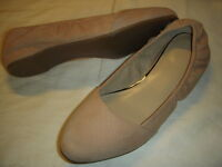 H by Halston Mollie Snake Embossed Leather Slip-On Flats Womens 9.5 M Sand /r