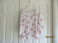 Chicos Weekends Womens White Red Star Three Quarter Sleeve Sequin Top Size 2