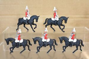 BRITAINS EYES RIGHT ROYAL HOUSEHOLD MOUNTED LIFE GUARDS x 5 nq