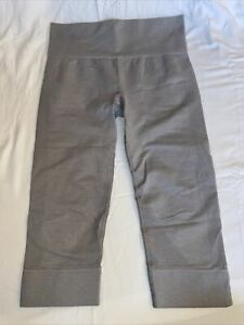 Lululemon Crop Leggings Gray Size 6
