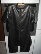 Latex Gummi Anzug chloriert