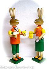 Conejo de Pascua Par JARDINERO 37cm decoración madera COLORES 25112
