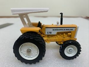 Ertl 1:43 Scale G-750 MINNEAPOLIS-MOLINE TRACTOR W/DUALS National Farm Toy Show