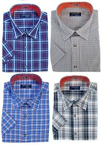 Men's Short Sleeve Shirt Yarn Dyed 55%Polyester 45%Cotton Check By Tom Hagan