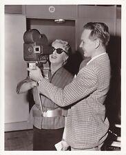 LANA TURNER Hand Held Movie Camera Original CANDID Vintage 1950 MGM Studio Photo