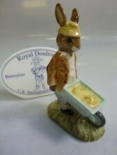 """Royal Doulton Bunnykins """"Gardener"""" Bunnykins Figurine Db-156"""