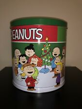 EMPTY SNOOPY CHRISTMAS TIN STORAGE TOY BIN POP CORN CANDY XMAS HOLIDAY PEANUTS
