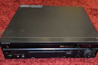 Sony MDP-455 LaserDisc/CD/CDV Player *As Is* for Parts or Repair Only Powers On