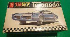 AMT 1967 OLDSMOBILE TORONADO ANNUAL 1/25 BUILT MODEL Car Mountain