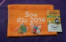 Rio 2016 paralympique Volunteer Ensemble Cadeau-Pin Badges & SERVIETTE-exclusive, rare set