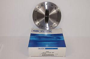 Center Cap Hub Cap Lincoln Town Car  2003-2006   7x17 Aluminum Wheel