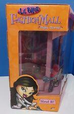 2003  New Sealed! Lil Bratz Fashion Mall Styling Stores Strut It