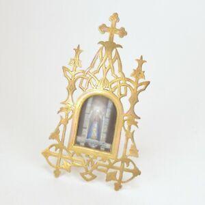 Miniature plaquette en porcelain au vierge Notre Dame Delivrande cadre en metal