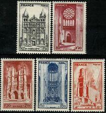 FRANCE 1944 CATHÉDRALES  YT n° 663 à 667 Neufs ★★ luxe / MNH