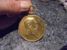 belle medaille  hippisme sans ruban dour