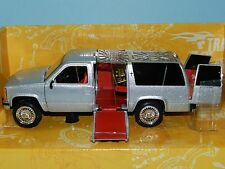 Muscle Machines Chev Surburban Wedding on Wheels (Monster Garage) Mint in Box