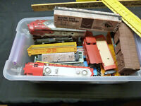 HO Scale Train Car Miscellaneous Lot of Pieces Parts Repair