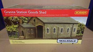 RARE Hornby Skaledale R9841 OO Granite Station Goods Shed NEW