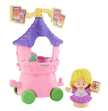 Fisher-Price Little People Disney Princess Rapunzel and Pascals Parade Float