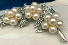 Pin - New ! Great Gift Pearl Flowers and Rhinestone Brooch Silver Tone