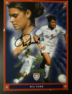 MIA HAMM OLYMPIC TWO TIME GOLD MEDALIST SOCCER GREAT SIGNED PROMO CARD WITH COA