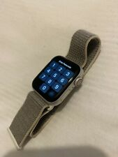 Apple Watch Series 4 40 mm Silver Aluminum Case with Sport Loop (GPS +...