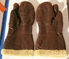 US WWII A-9A Three Finger Aviation Mittens MFG Bacmo Postman Corp. Size Large