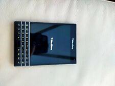 BlackBerry Passport QWERTY - 32GB - Piano black (Unlocked) Smartphone
