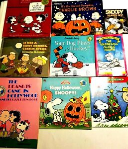 Lot of 18 Charlie Brown & Snoopy Books Christmas Halloween Valentines