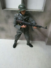 Custom Dragon WWII German Infantryman With MP-43 1:6 Loose  # 2
