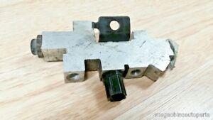 1998-1999 dodge ram 2500 abs brake proportioning valve oem c39