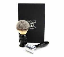 DE Safety Razor & Syntactic Hair Brush with Black Colour Base Perfect Gift Set.