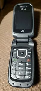 LG 2012 FLIP CELL PHONE Tracfone used with LG 3.7 V battery