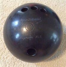 ■ Ebonite ■ Gyro Balanced ■ Black Bowling Ball ■ Magnum XL5 ■ 15 Pounds /4 Holes