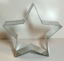 "The Pampered Chef Giant Star Cookie Cutter 8"" x 8 1/4"""