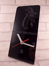 Il RE DEL CAOS in plexiglass Desk Clock-ENB - 2